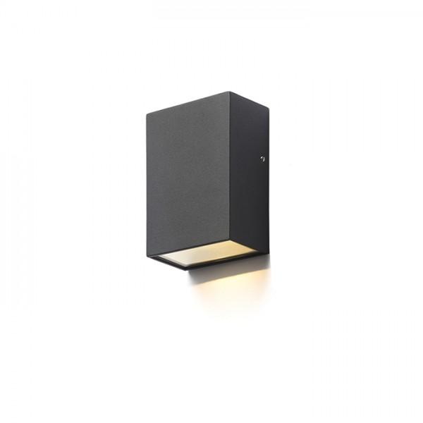 PEKKO nástenná čierna  230V LED 3W 67° IP54  3000K